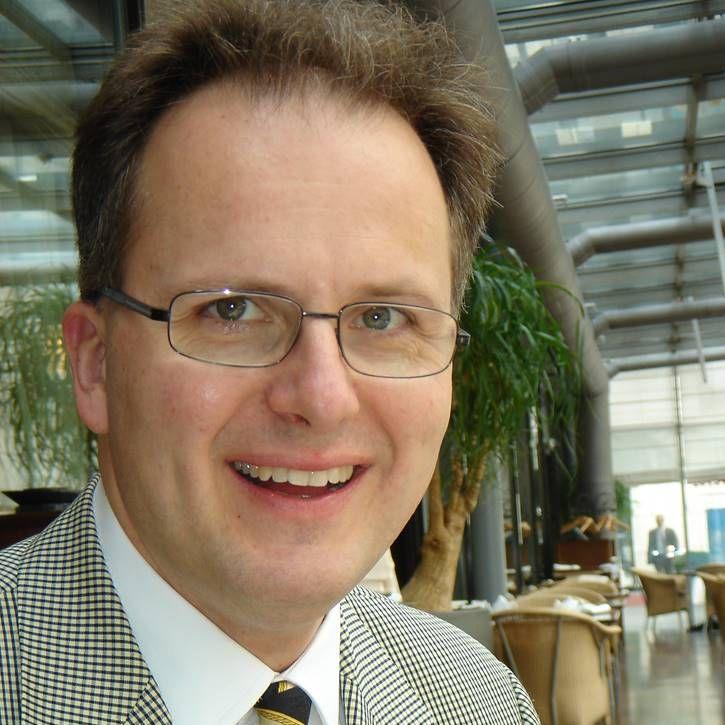 Dr. Frank O. Fischer