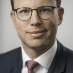 Dr. Andreas Hacke