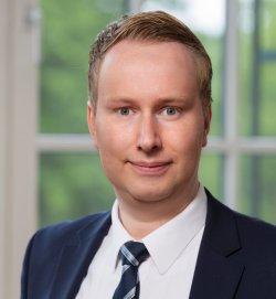 Dr. Matthias Böse
